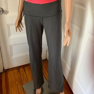 Nike Dri-Fit NikeBetterWorld Grey Flare Leggings M